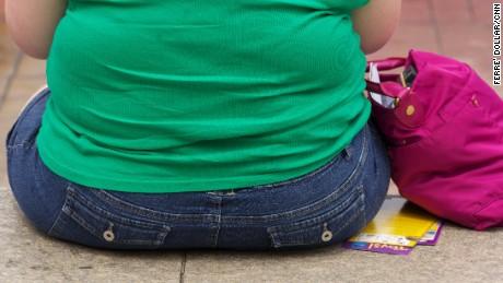 Obesità e cancro: i rischi di tumore aumentano per le donne obese, ecco perché