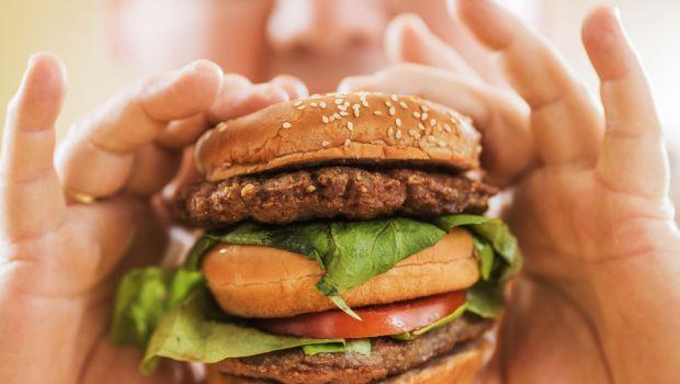 Meno diete e più persone in sovrappeso: ecco perché